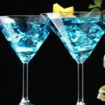 Голубая Лагуна – небесно-голубой коктейль