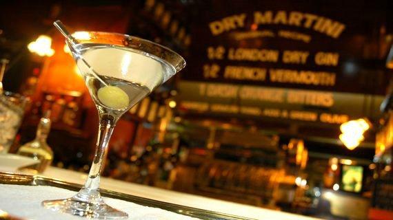 Коктейльный бокал, мартинка