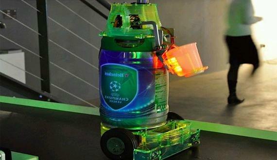 Пивной робот Heineken