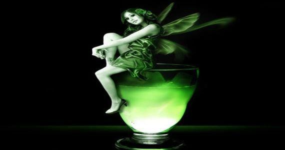 Коктейль с абсентом Поцелуй зеленой феи